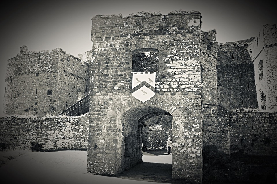 Carew castle ghost hunts are certainly not for the faint hearted, be part of this ghost hunt if you dare ?